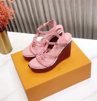 LOUIS VUITTON 2020 sandals