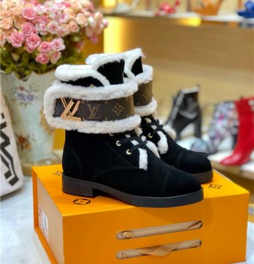 louis vuitton ladies wool lace up boots