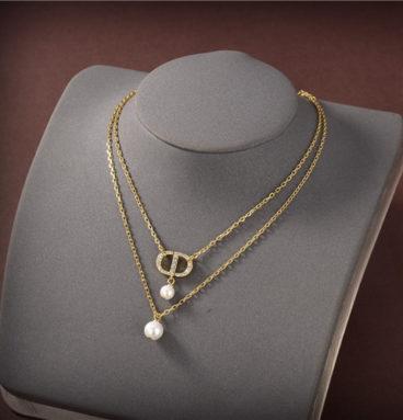 dior pearl necklace