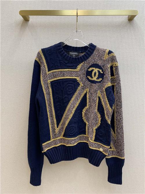 chanel logo crew neck sweater